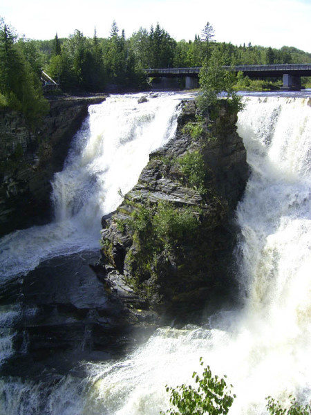 Though not to camp, we decided to stop for a quick photo op at Kakabeka Falls